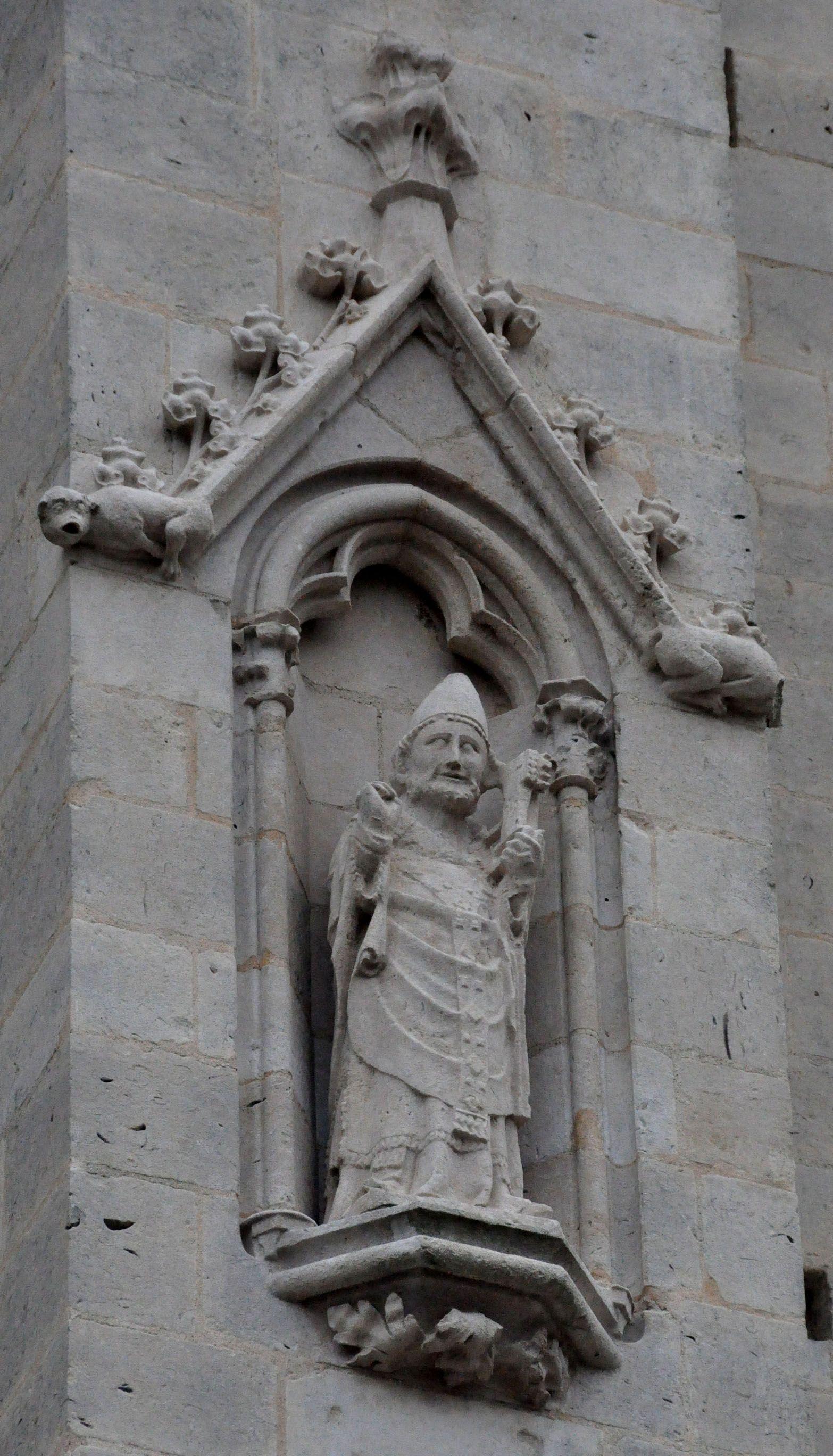 Evêque bénissant (Saint–Pierre ?)